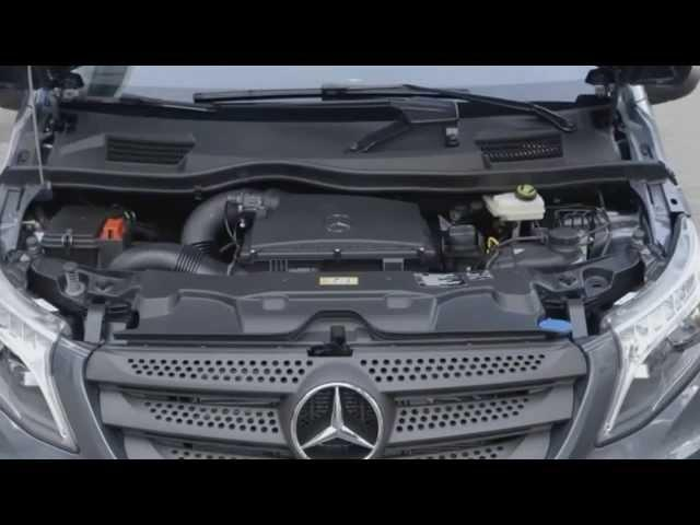 EM MOVIMENTO Novo Mercedes-Benz Vito 2015 Tourer Select 119 BlueTec